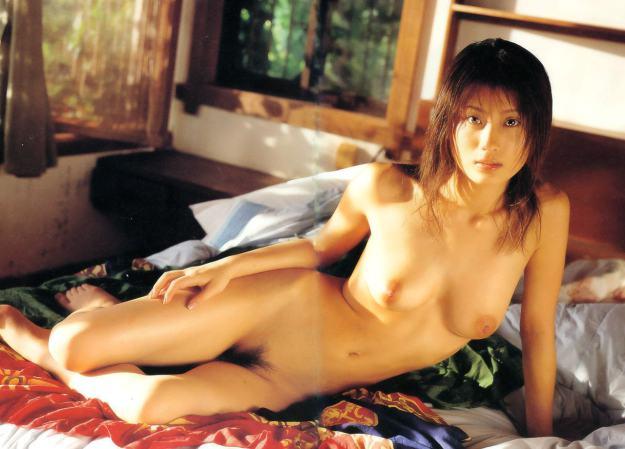 【美竹涼子エロ画像】整った顔立ちやスレンダーボディが美しいヌード画像!(50枚) 19