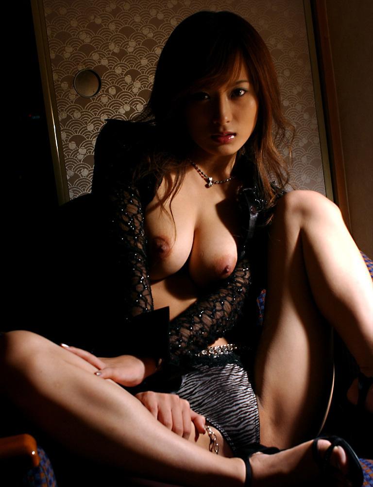 【美竹涼子エロ画像】整った顔立ちやスレンダーボディが美しいヌード画像!(50枚) 48