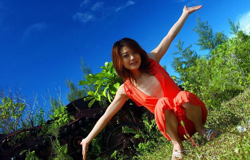 【中島京子エロ画像】妖艶なエロリスト!ほどよく熟したボディに大興奮www(50枚) 16
