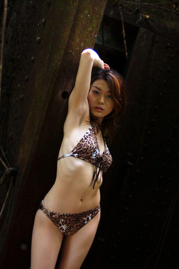 【中島京子エロ画像】妖艶なエロリスト!ほどよく熟したボディに大興奮www(50枚) 37