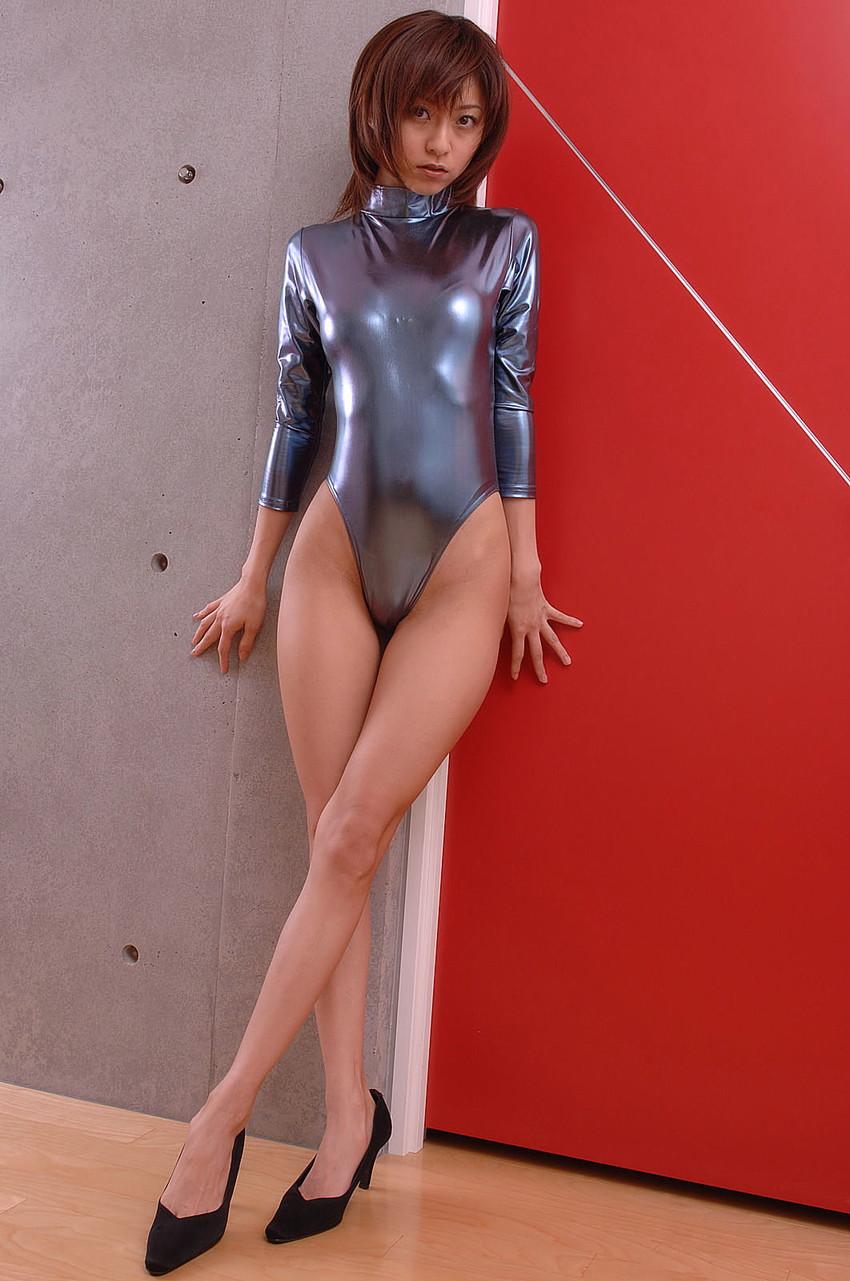 【レオタードエロ画像】身体のラインがくっきり出ているムチムチのスケベなレオタード画像! 06