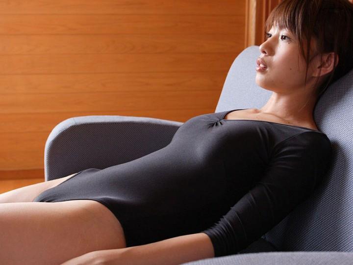 【レオタードエロ画像】身体のラインがくっきり出ているムチムチのスケベなレオタード画像! 41