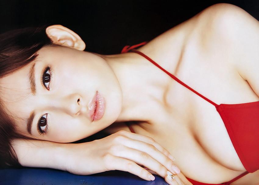 【グラビアエロ画像】AKB48のこじはるのビキニや下着のスケベ画像集めました! 24