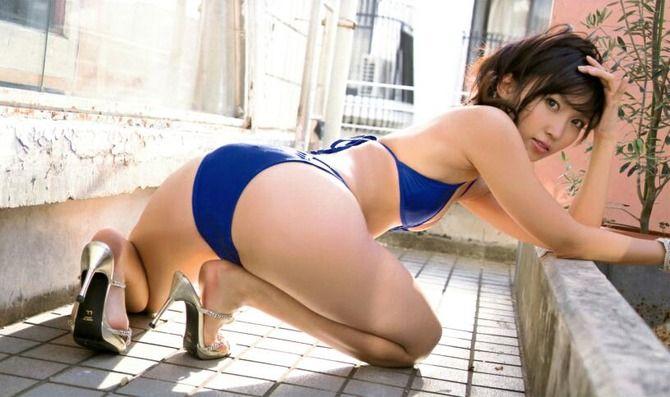 【グラビアエロ画像】吉木りさのエッチなグラビア!ジューシーなお尻に注目した画像が多めです! 06