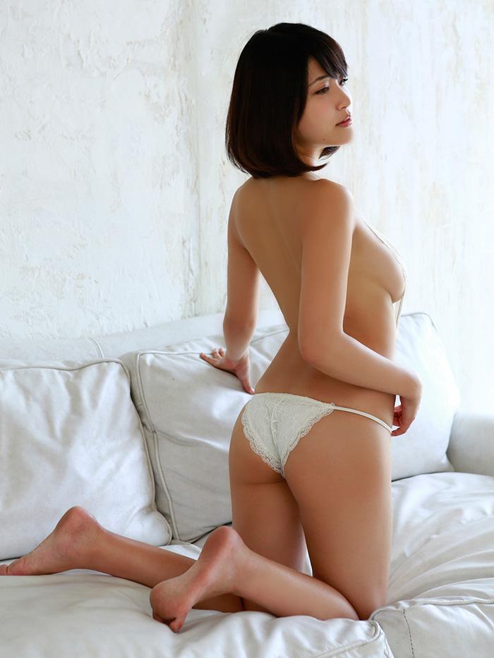【ヌードエロ画像】岸明日香のスケベすぎる過激ポーズ!成熟したエロスをご覧ください! 36