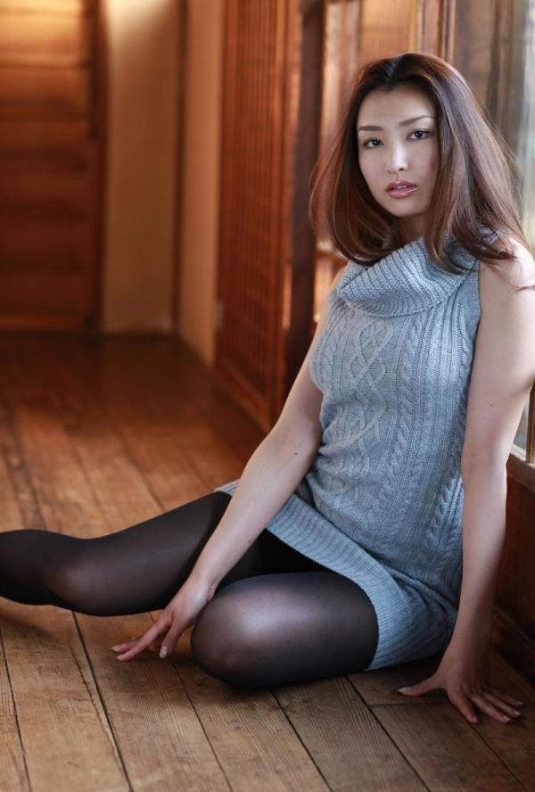 【グラビアエロ画像】太田千晶のムチムチEカップ画像!着衣画像も少しあります! 14