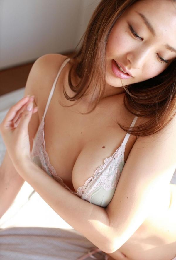 【グラビアエロ画像】太田千晶のムチムチEカップ画像!着衣画像も少しあります! 21