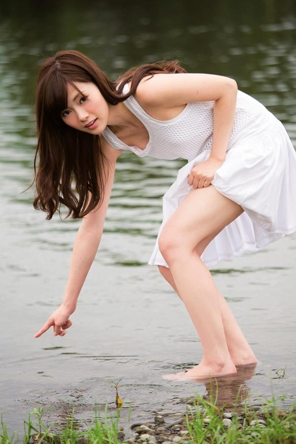 【グラビアエロ画像】乃木坂46の白石麻衣ちゃんのズリネタになりそうな抜ける画像集めたよ! 02