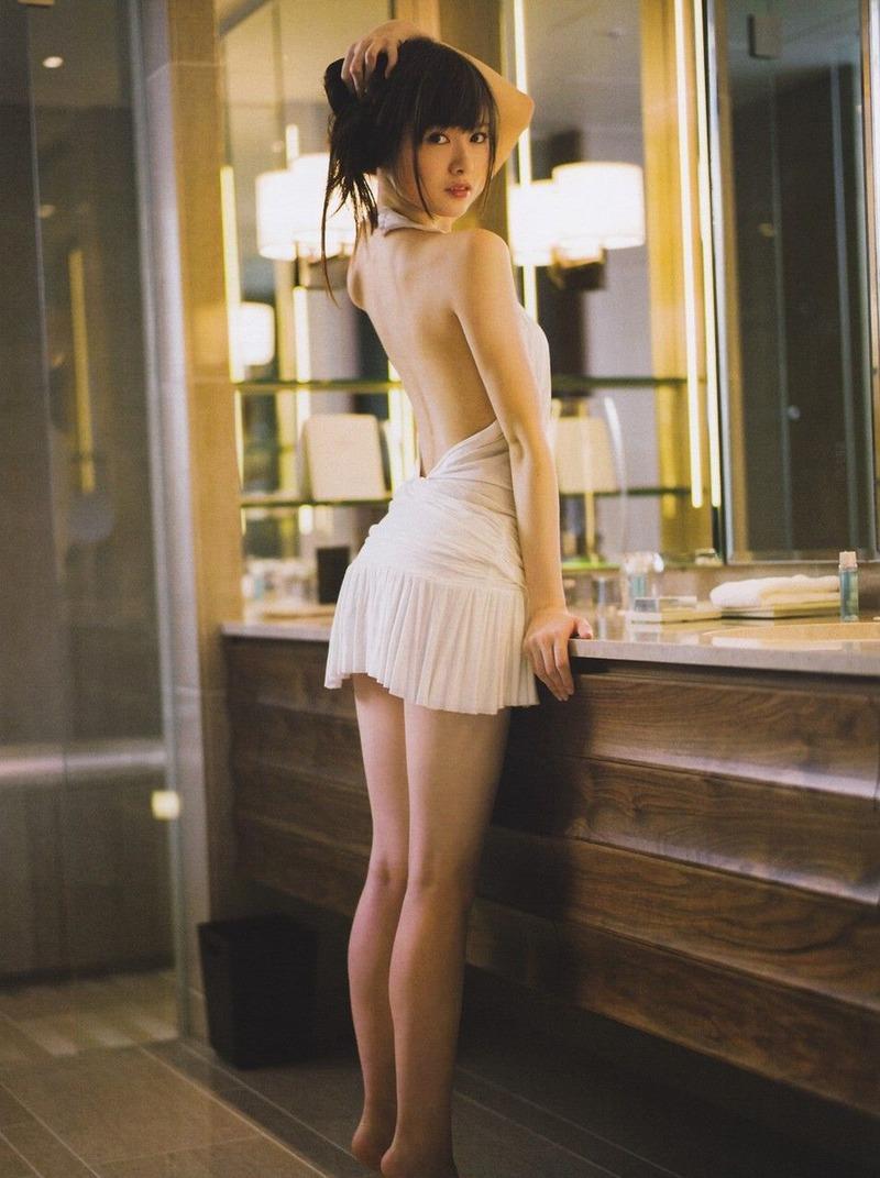 【グラビアエロ画像】乃木坂46の白石麻衣ちゃんのズリネタになりそうな抜ける画像集めたよ! 18