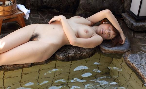 【和風ヌードエロ画像】元AV女優麻美ゆまちゃんの乳輪がエロ過ぎるwww 06