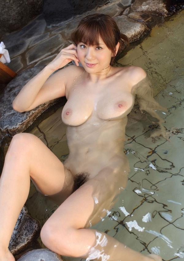 【和風ヌードエロ画像】元AV女優麻美ゆまちゃんの乳輪がエロ過ぎるwww 07