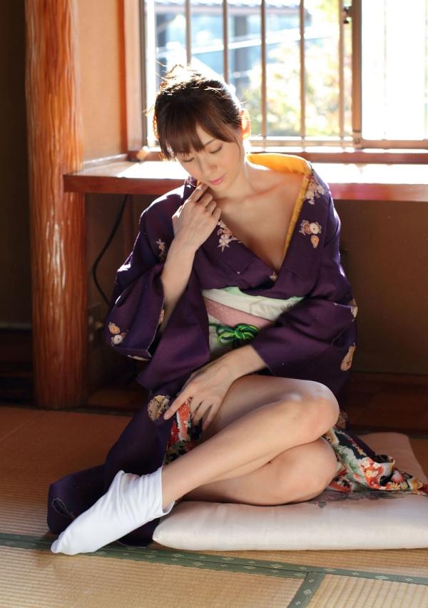 【和風ヌードエロ画像】元AV女優麻美ゆまちゃんの乳輪がエロ過ぎるwww 10