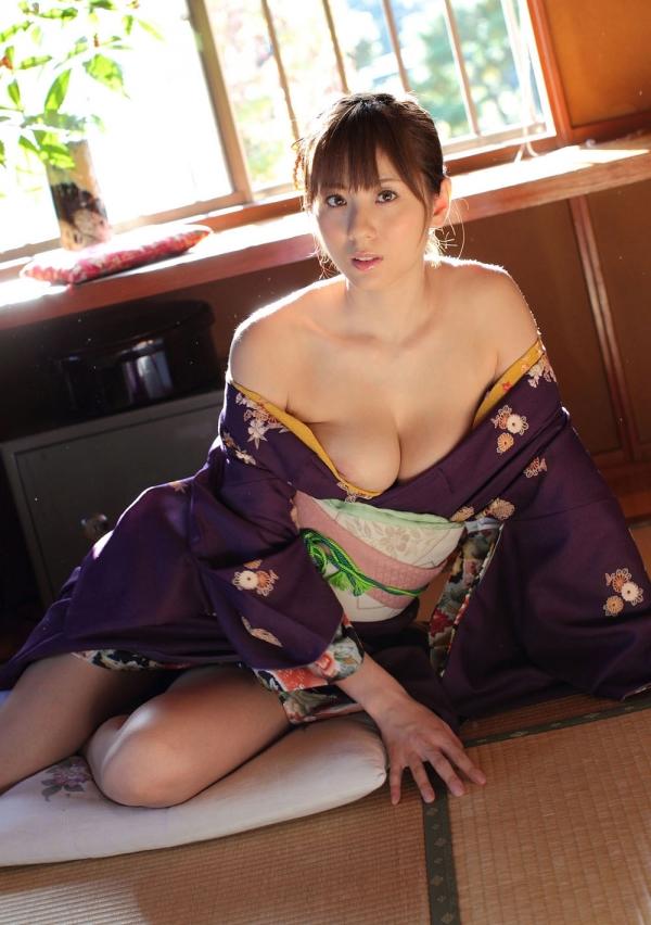 【和風ヌードエロ画像】元AV女優麻美ゆまちゃんの乳輪がエロ過ぎるwww 14