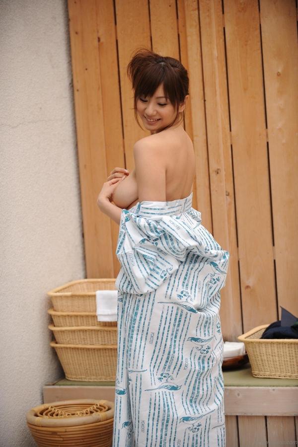 【和風ヌードエロ画像】元AV女優麻美ゆまちゃんの乳輪がエロ過ぎるwww 30