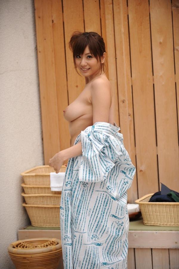 【和風ヌードエロ画像】元AV女優麻美ゆまちゃんの乳輪がエロ過ぎるwww 31