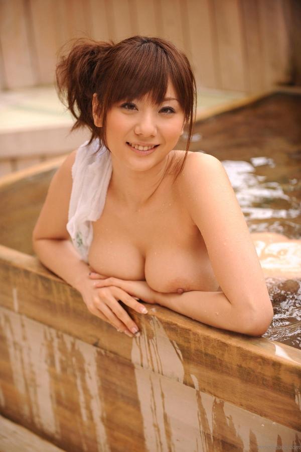 【和風ヌードエロ画像】元AV女優麻美ゆまちゃんの乳輪がエロ過ぎるwww 35