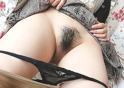 コレが生マ○コに生えた陰毛画像40枚