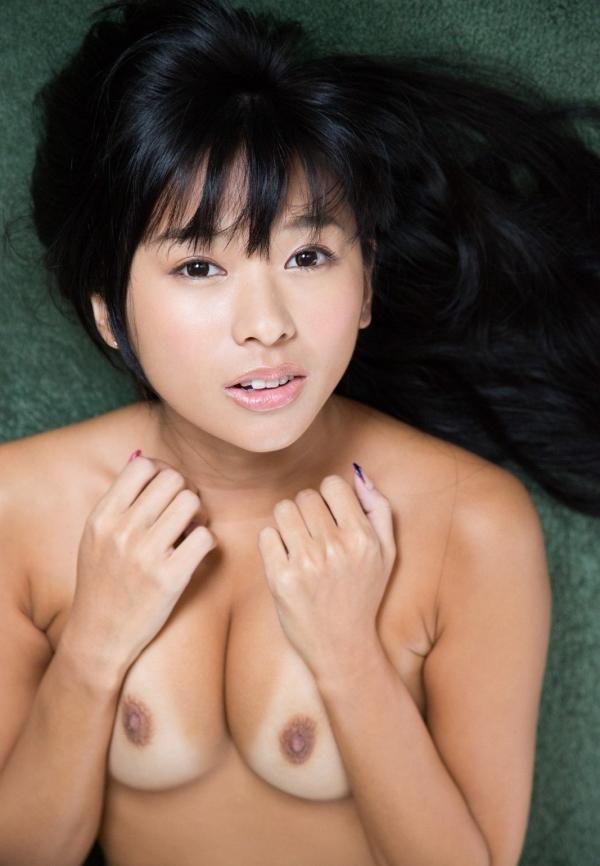 【ヌードエロ画像】日焼けの後がセクシーすぎるAV女優、小倉奈々ちゃんの過激なヌードwwww 34