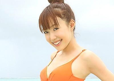 【川崎希エロ画像】元AKBで年商1億のセレブ、現在女社長のエロカワ水着グラビアwww
