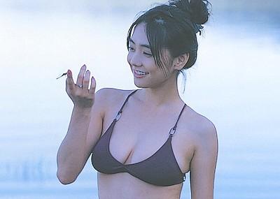 【素朴美人エロ画像】女優倉科カナのけしからん豊満ボディにシコ不可避www