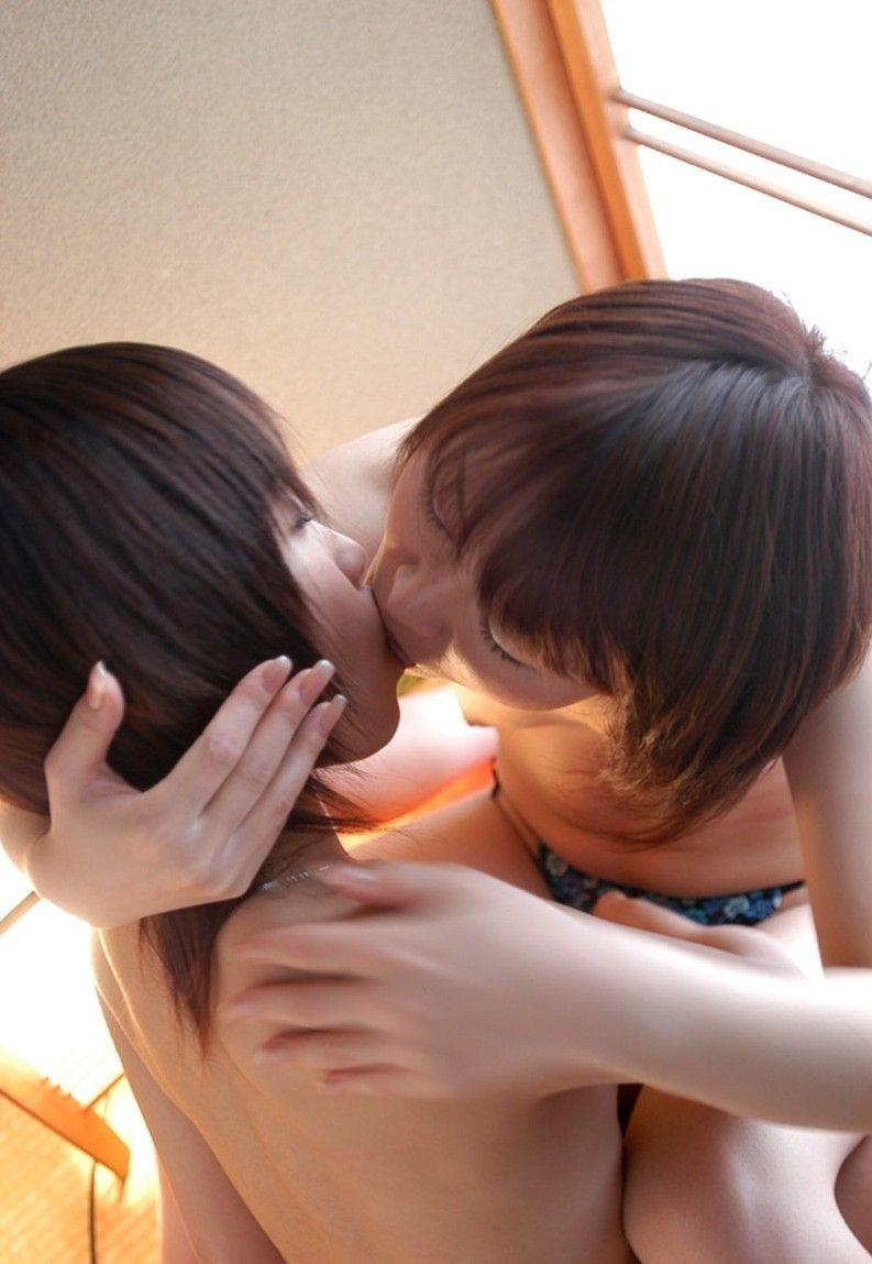【百合エロ画像】レズビアンのねっとりした絡みが見たい人集合www 19