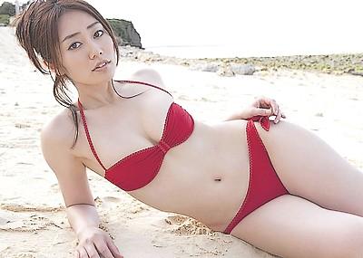 【谷桃子エロ画像】エロティックな妖艶セクシーグラビアwww