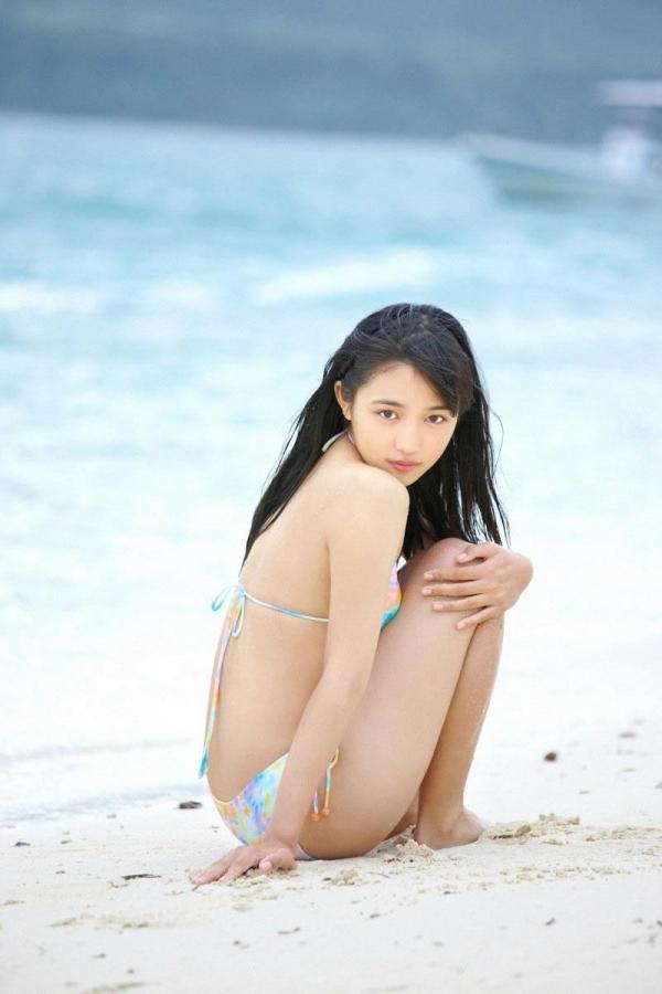 【川口春奈エロ画像】CMやドラマで大活躍のファッションモデル、その貧乳ボディがたまらないwww 12