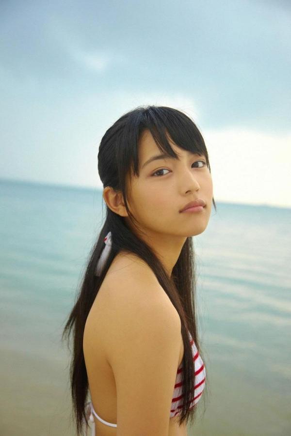 【川口春奈エロ画像】CMやドラマで大活躍のファッションモデル、その貧乳ボディがたまらないwww 21