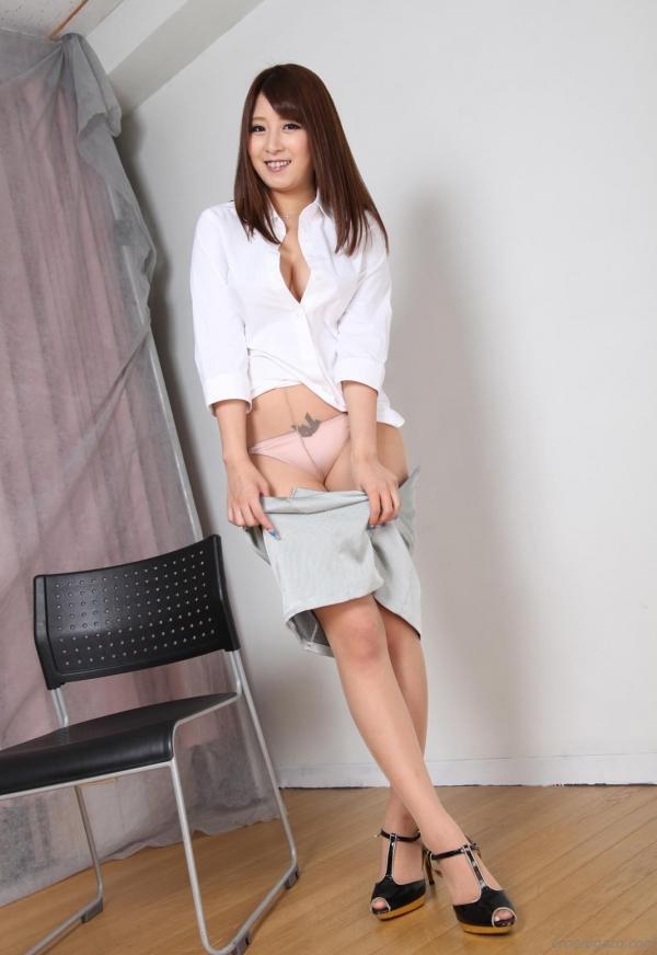 【北川瞳エロ画像】美巨乳や美尻が最高な、リス顔のセクシー女優www 49