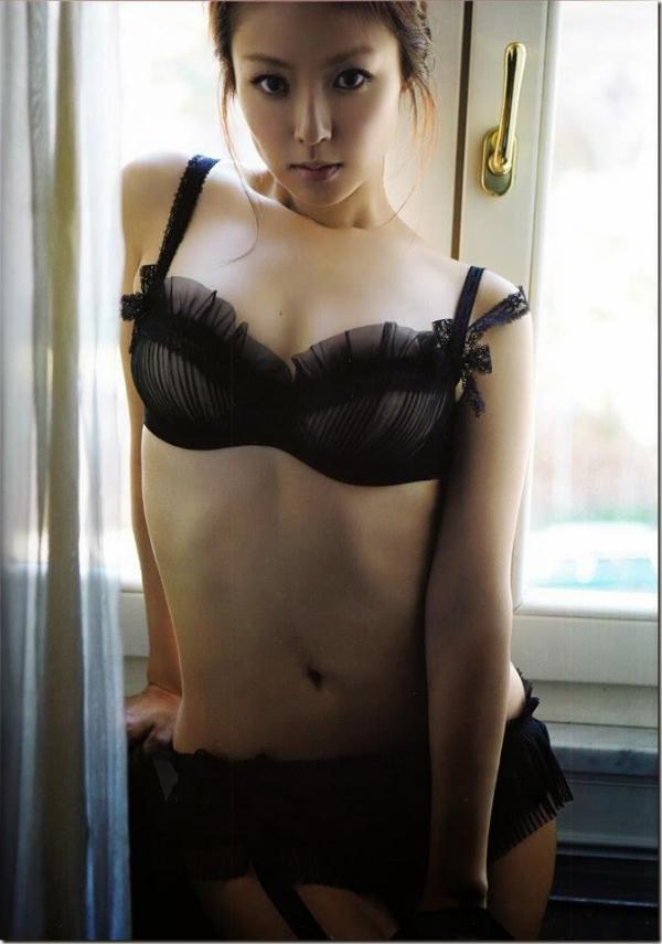 【深田恭子エロ画像】30歳を超えてもまたまだ健在なグラマラスエロボディが最高すぎる件www 13