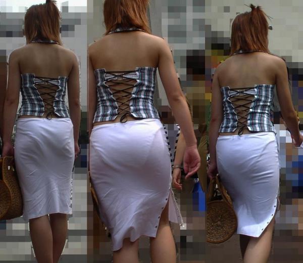 【透けパンエロ画像】素人女性のパンティーラインをこっそり盗撮した結果www 07