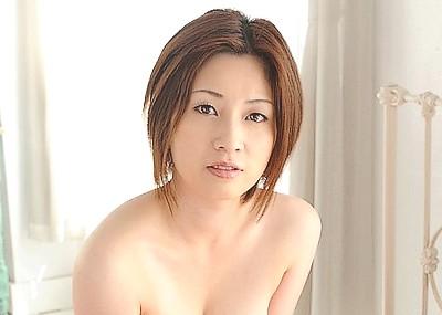 【奥田咲エロ画像】熟女系の役から何でもこなせる万能女優の、巨乳ヌードとセックス画像www