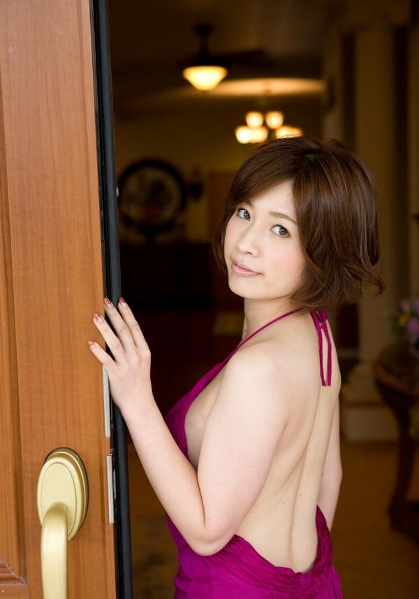 【奥田咲エロ画像】熟女系の役から何でもこなせる万能女優の、巨乳ヌードとセックス画像www 20
