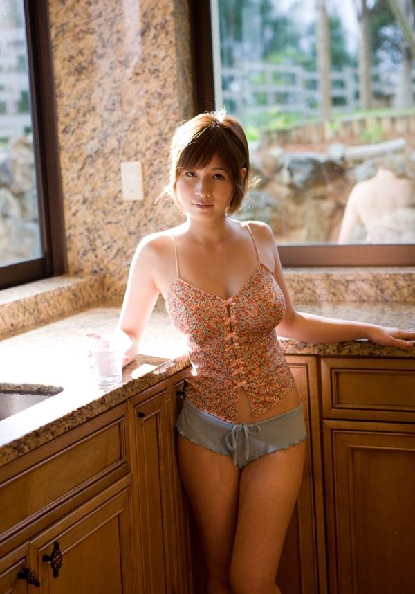 【奥田咲エロ画像】熟女系の役から何でもこなせる万能女優の、巨乳ヌードとセックス画像www 24