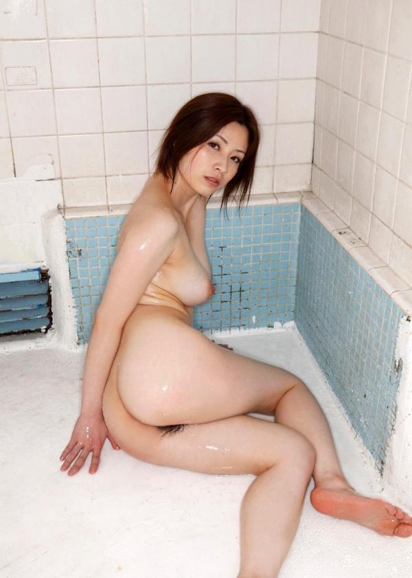 【奥田咲エロ画像】熟女系の役から何でもこなせる万能女優の、巨乳ヌードとセックス画像www 41