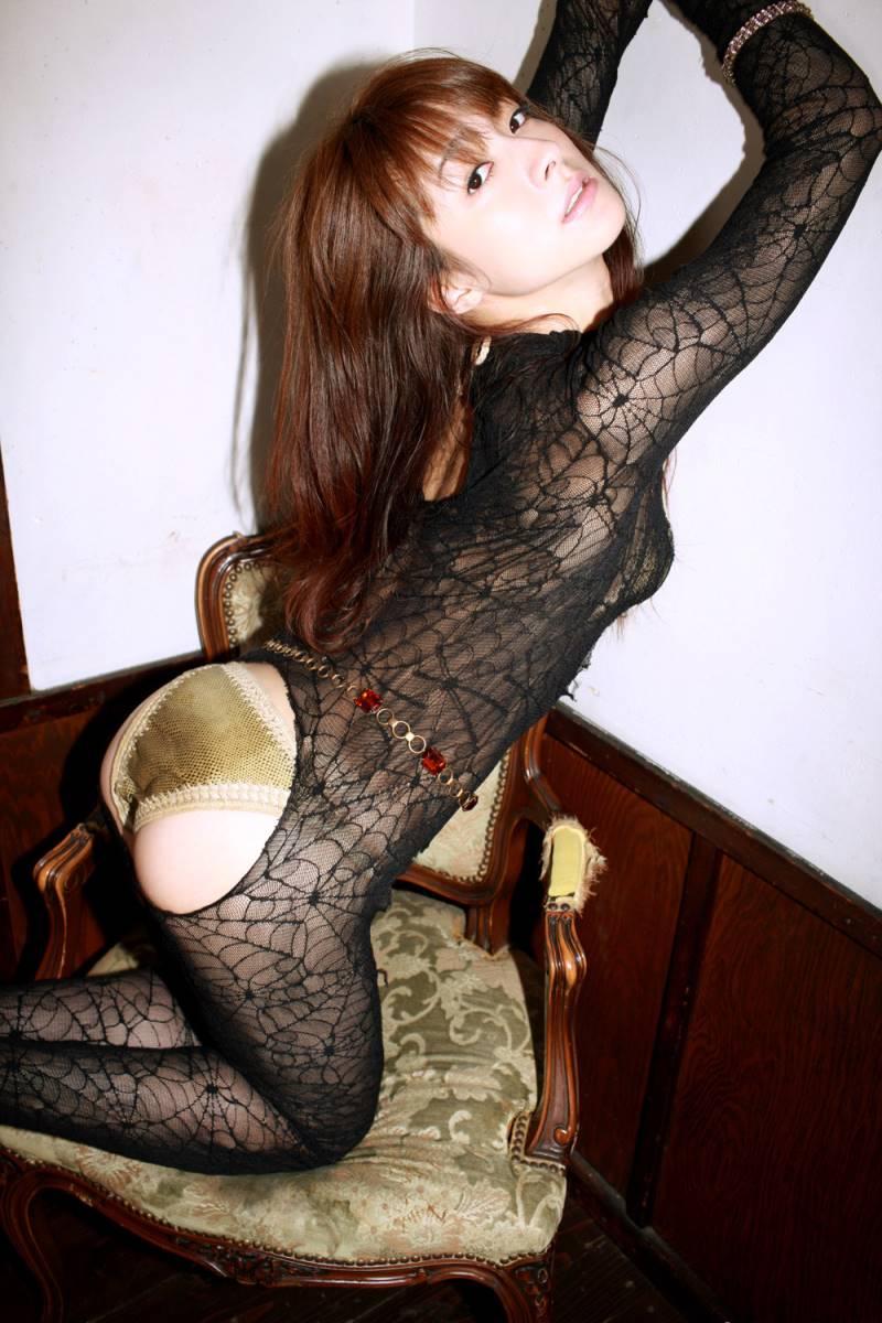 【川村りかエロ画像】三十路熟女の大人の魅力あふれるセクシーグラビアwww 49