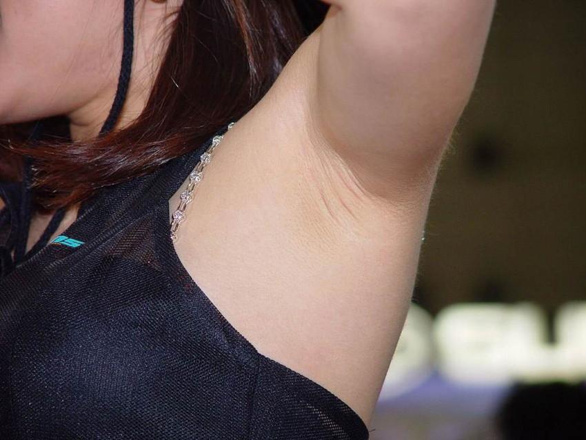 美女たちのジョリジョリ感があったり、毛がぼうぼうの腋フェチ画像www