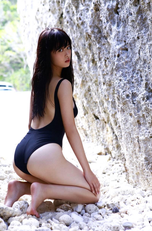 【馬場ふみかエロ画像】仮面ライダードライブで話題の女優が無駄に良い身体しているwww 31