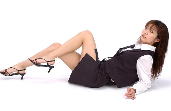 【ストッキングエロ画像】思わず臭いを嗅いだり、舐めたくなる美脚ストッキング画像wwww 02