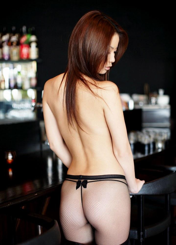 【かすみりさエロ画像】闇金ウシジマ君などに出演している、大人気の清楚なお姉さんのヌードwww 30