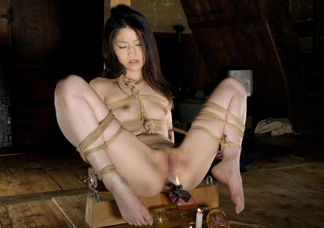 【緊縛エロ画像】縄で縛られて、ドMさんのおマンコがじんわりと濡れていそうな画像www 42