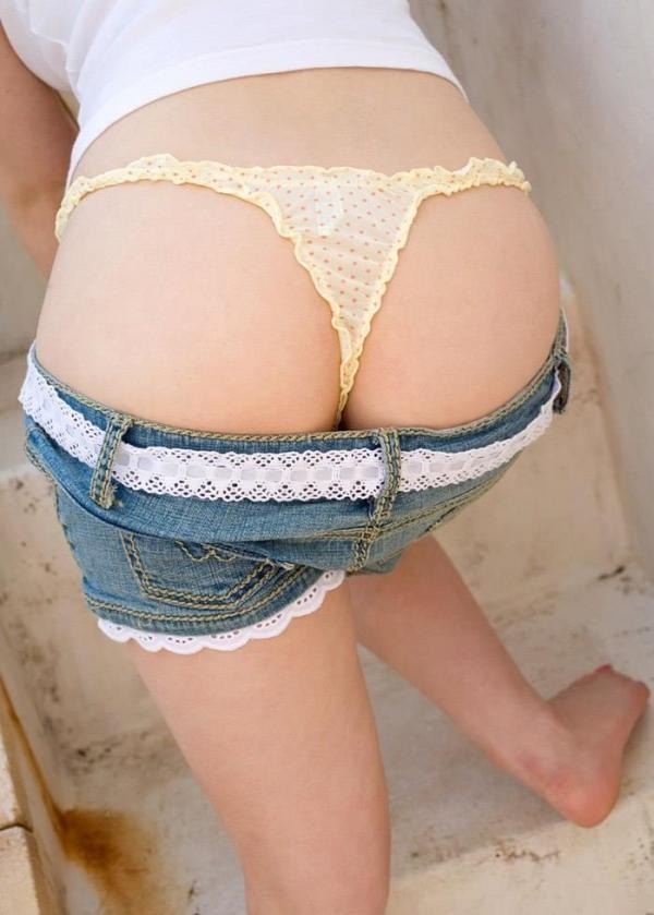 【美尻エロ画像】ザーメンをぶっかけたくなる綺麗な桃尻画像www 33