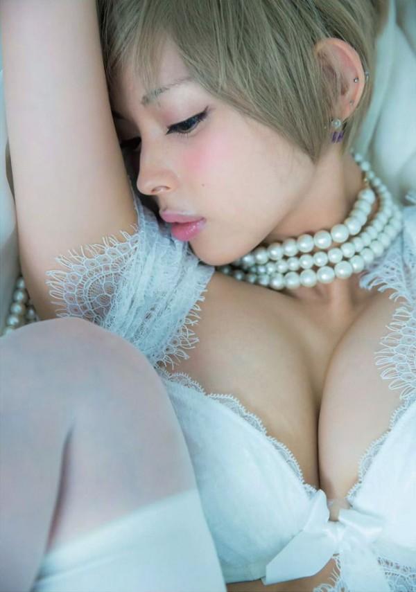 【最上もがエロ画像】独特の雰囲気がクセになる、ちょい癖アリの金髪美少女のエロイ身体www 04