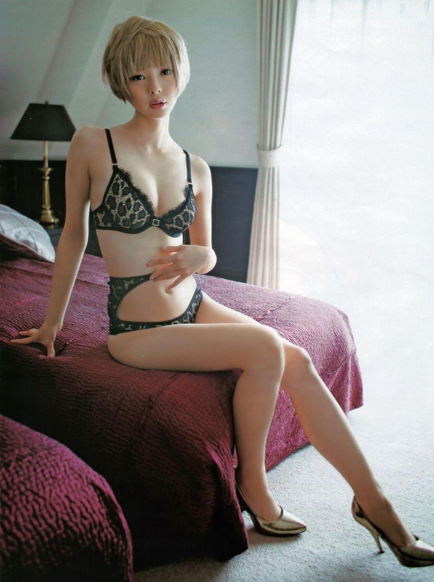 【最上もがエロ画像】独特の雰囲気がクセになる、ちょい癖アリの金髪美少女のエロイ身体www 21