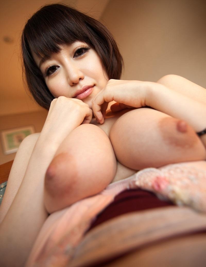 【篠田ゆうエロ画像】美尻系AV女優がエッチなポーズで男を誘惑www 30