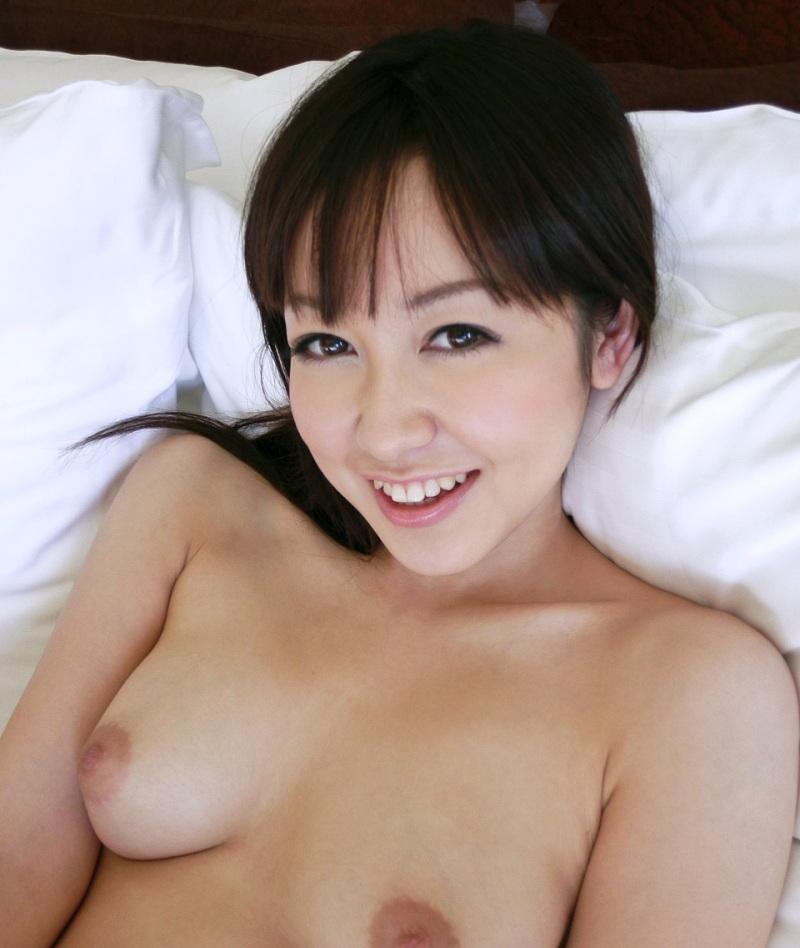 【篠田ゆうエロ画像】美尻系AV女優がエッチなポーズで男を誘惑www 39