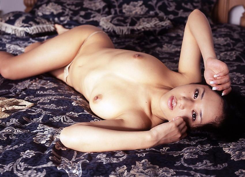 【蒼井そらエロ画像】海外で大人気なAV女優の完璧ボディラインwwww 13