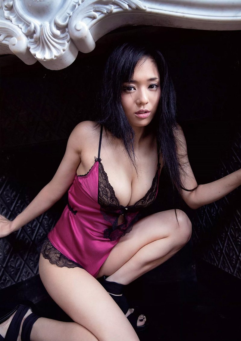 【蒼井そらエロ画像】海外で大人気なAV女優の完璧ボディラインwwww 19