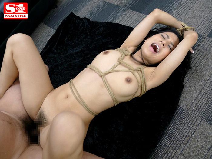 【蒼井そらエロ画像】海外で大人気なAV女優の完璧ボディラインwwww 47