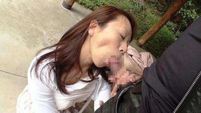 【人妻エロ画像】不倫相手との密会を楽しんでいそうな不倫妻の画像www 26